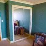 Mirror closet doors installed in a room